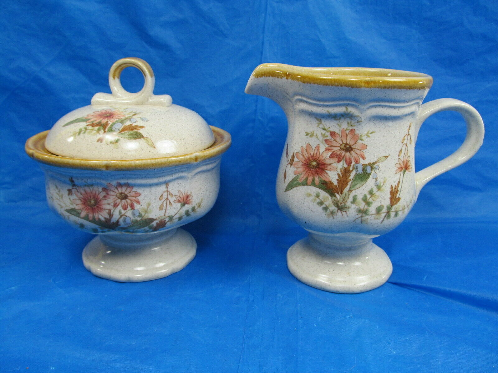 Primary image for Mikasa Field Bouquet Sugar with Lid & Creamers. EUC