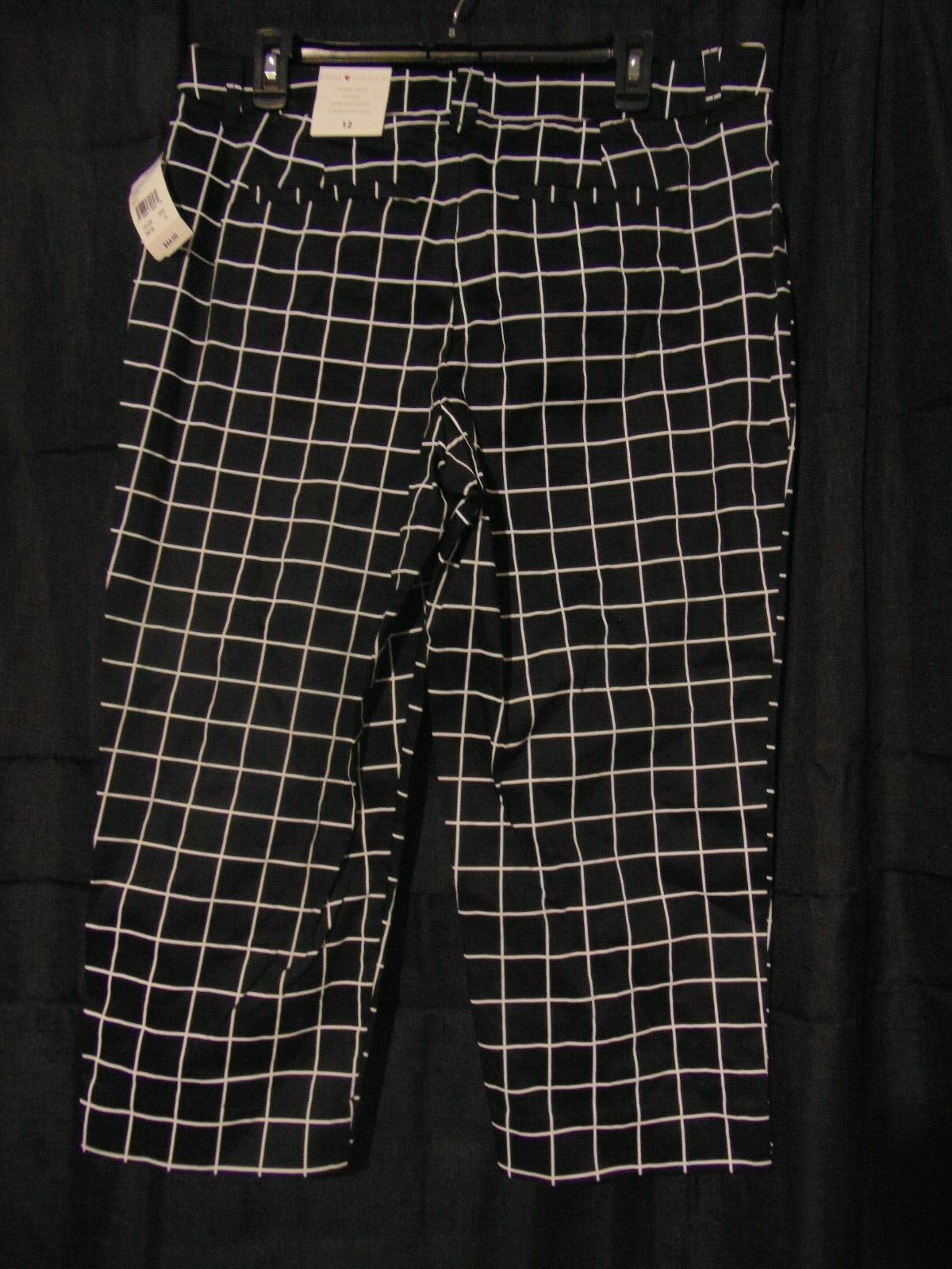 b8cb1356e42f92 Intro Love The Fit Fiona Comfort Waist Black Capri Cropped Pants Size 12