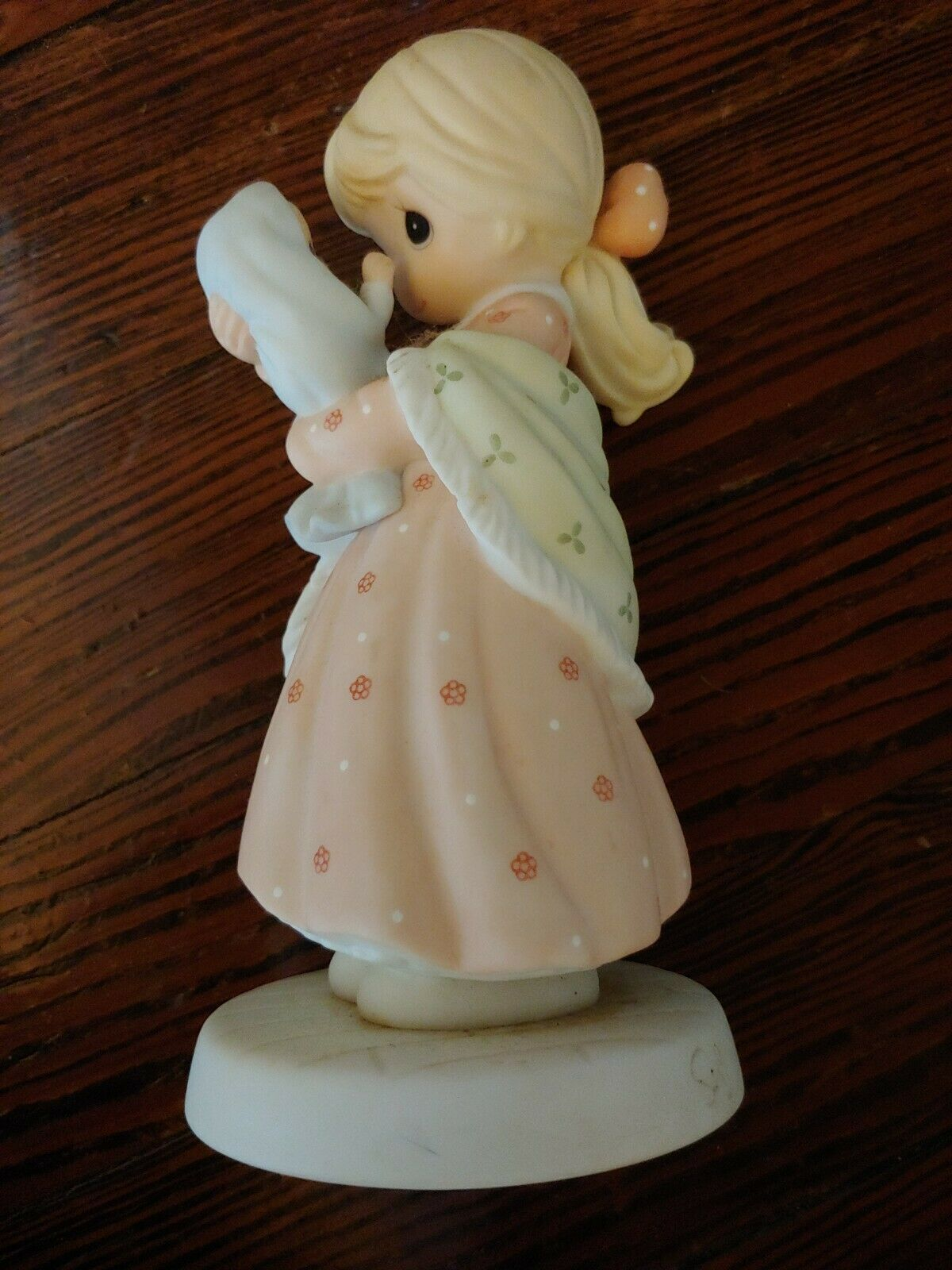 Precious Moments A Love Like No Other #681075 Enesco 1st Edition in Motherhood