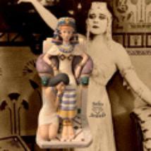 Vintage Hamilton Collection Porcelain Cleopatra Legendary Queens Figurin... - $25.00