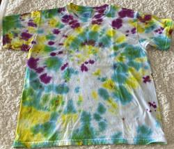 Gildan Boys White Green Blue Yellow Purple Tie Dye Short Sleeve Shirt 8-10 - $7.38