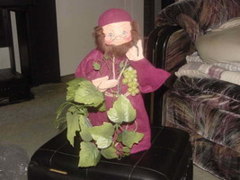 "14"" Burgundy Friar Monk Grapes Vine & Key Annalee Thorndike Poseable Doll 1997 - $98.99"