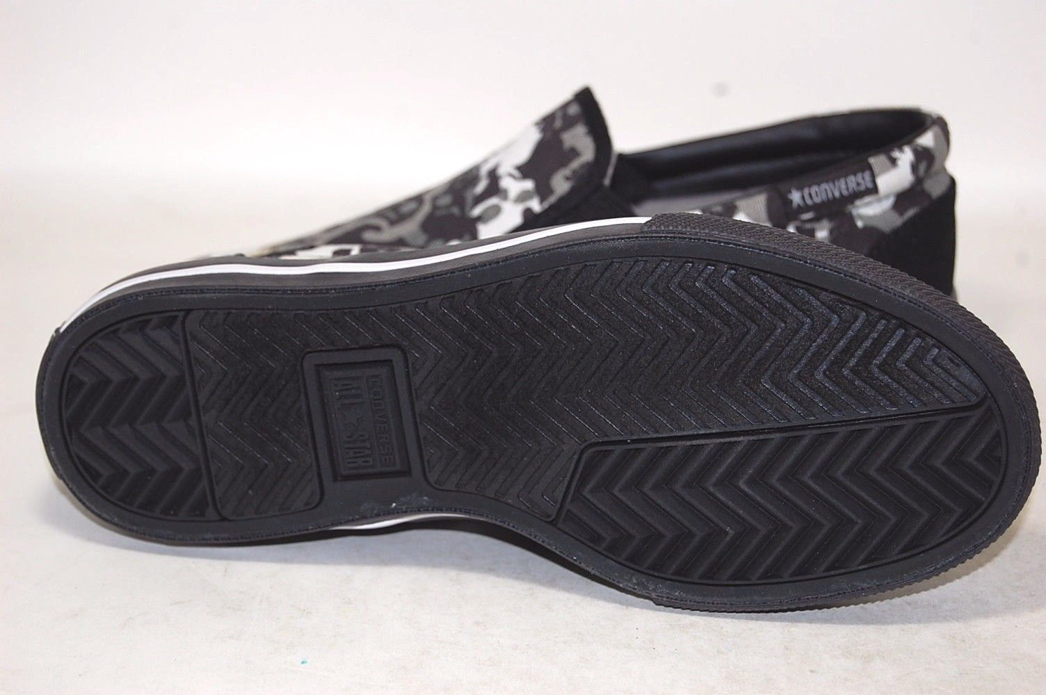 58c956f33fea Converse Skid Grip EV Slip On 1X904 Shoes Men and 50 similar items