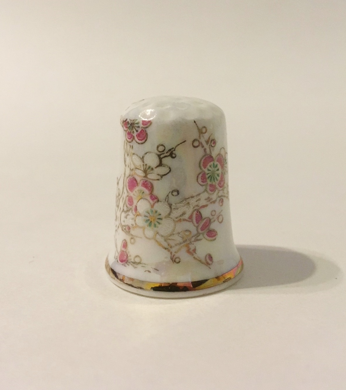 Thimble bird flower bone china  1  25  .25