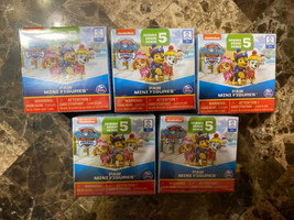 NEW Lot of 5 New Paw Patrol MIGHTY PUPS Series 5 Paw Mini Figures Blind Box - $16.82