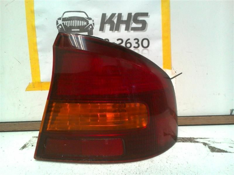 Primary image for Passenger Tail Light Sedan Quarter Panel Mounted Fits 00-04 LEGACY 109976