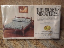 The House of Miniatures 40033 Chippendale Low Post Bed / Circa 1750 NEW sealed!! - $10.89