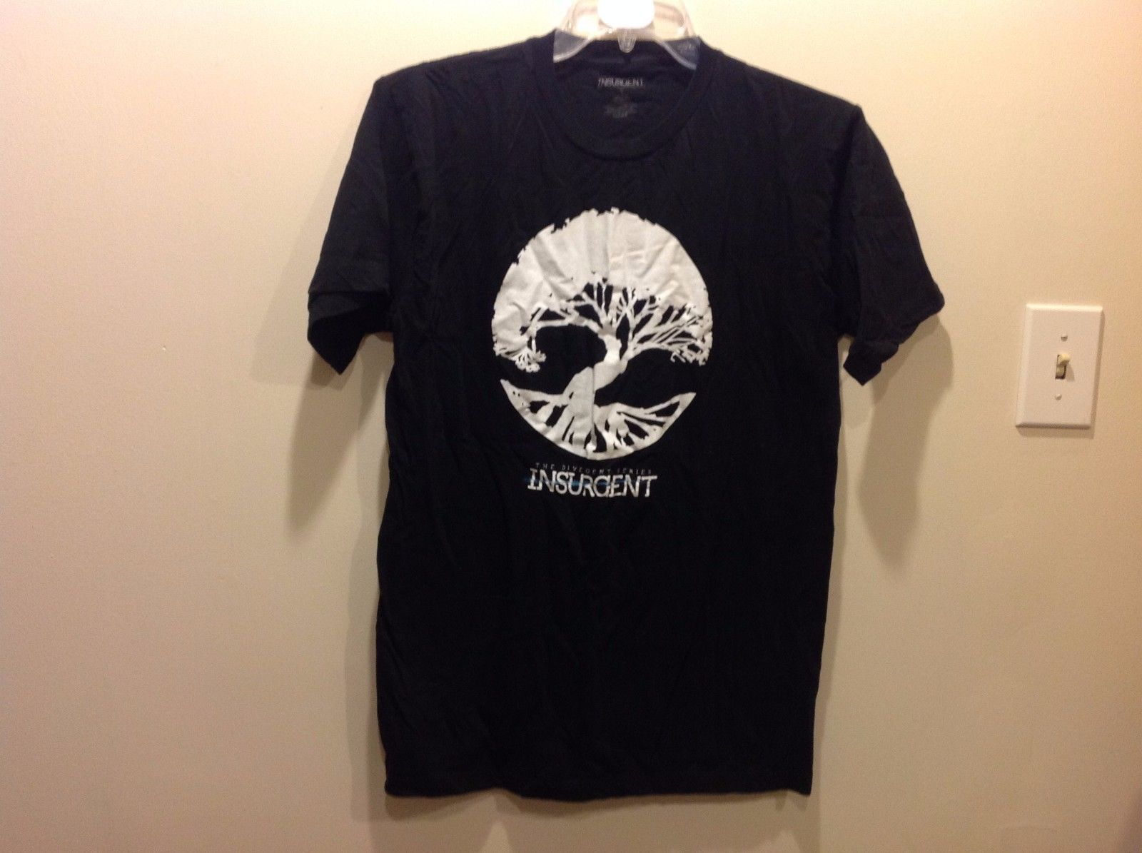 Divergent Series INSURGENT Black AMITY Tree T Shirt Sz LG