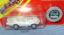 Johnny Lightning Mako Shark Limited Edition.Car 2nd Series Mip 1995 - $4.00