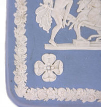 Wedgwood Blue Jasperware Square Ulysses Classical Chariot Race Trinket Box B12 image 4