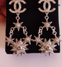 AUTHENTIC CHANEL 2015 CC LOGO STAR CRYSTAL DANGLE EARRINGS SILVER RARE image 5