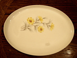 Meat Serving Platter Yellow Carnation Mum Flower Pottery Table-scape Cer... - $14.80