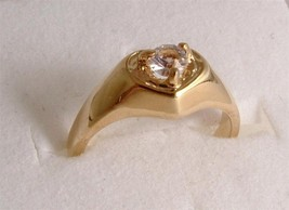 Ladies fashion ring in gold coloured metal - design JW47 - Size J to K o... - $12.56