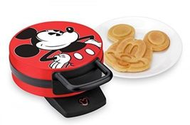 Disney DCM12 Mickey Mouse Waffle Maker, Red - $46.60 CAD