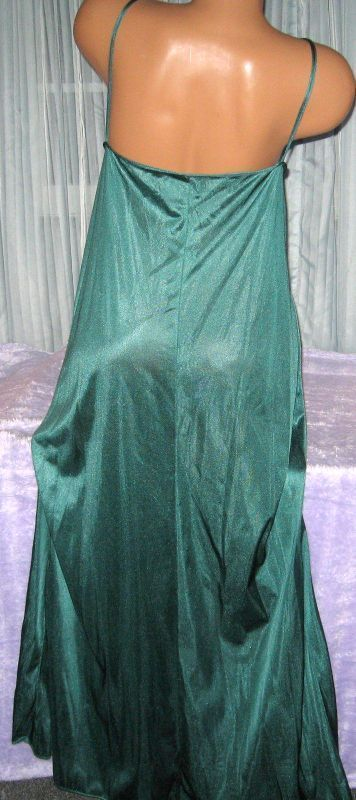 """COMFORT CHOICE EGGPLANT PURPLE ANKLE LENGTH NYLON NIGHTGOWN SIZE 1X 56/"""" BUST"""