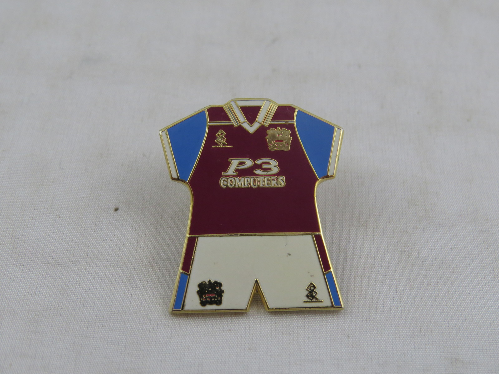 Burnely Home Kit Pin - 1999 Uniform - Stamped Pin