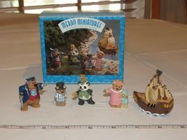 HALLMARK Merry Miniatures Charm Peter Pan 5 Piece Set Story Time 1997 - $13.37