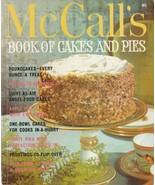 McCall's Book of Cakes and Pies 1978 Retro Cookbook Paperback M5 Jean Co... - $5.93