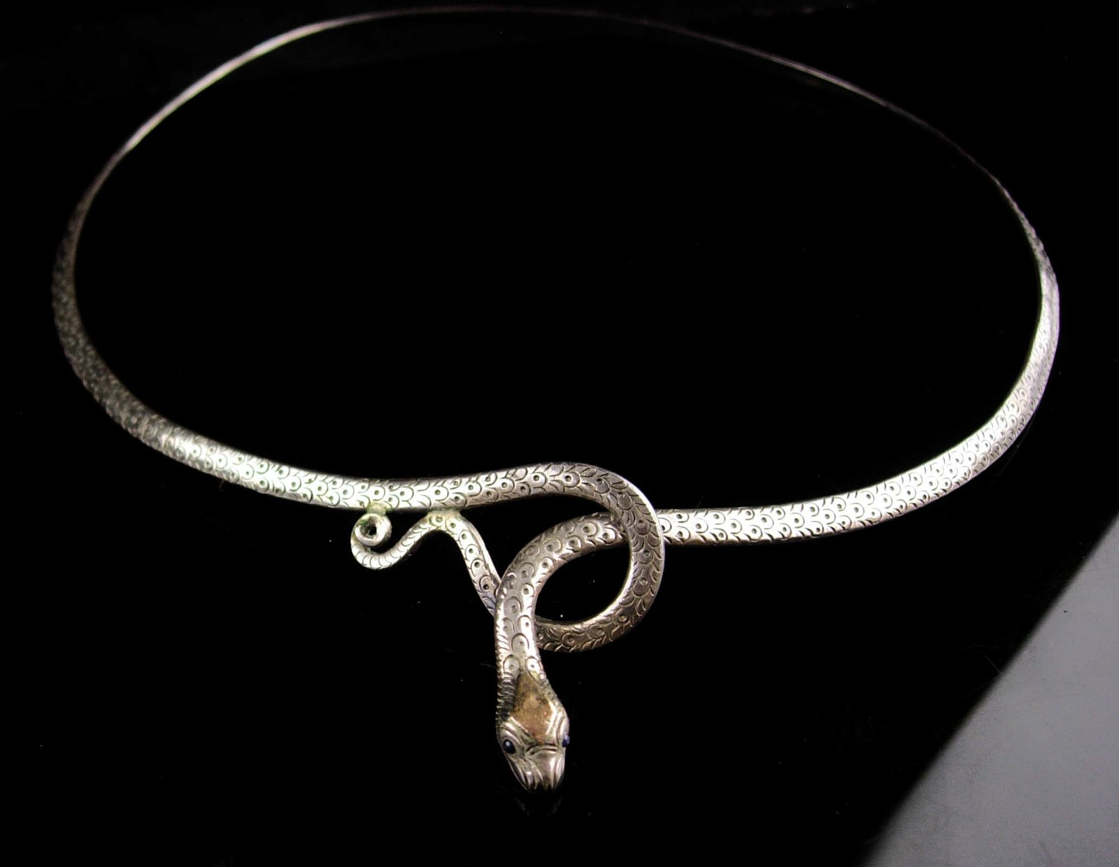 Vintage Snake necklace - sterling Serpent  -Art deco Cleopatra accessory - silve