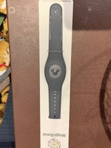 Disney Parks Dark Grey Gray Magic Band 2 MagicBand NIP Ready to Link Charcoal - $19.79