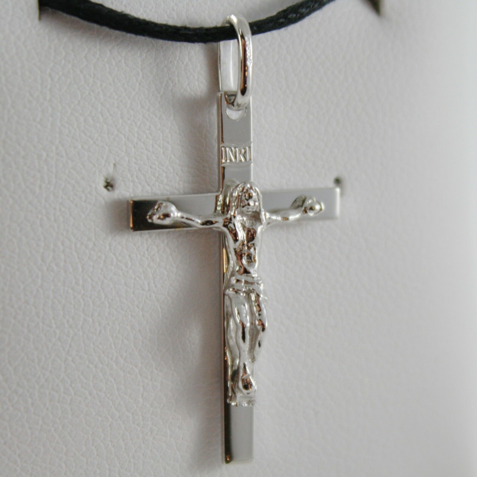 18K WHITE GOLD CROSS WITH JESUS, SMOOTH, FINELY SQUARED ENGRAVABLE MADE IN ITALY
