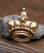 Rare Vintage Crown Trifari© Crown Brooch, Gold Swirl - $295.00