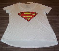 Women's Teen Dc Comics Superman T-shirt Medium New w/ Tag - $19.80