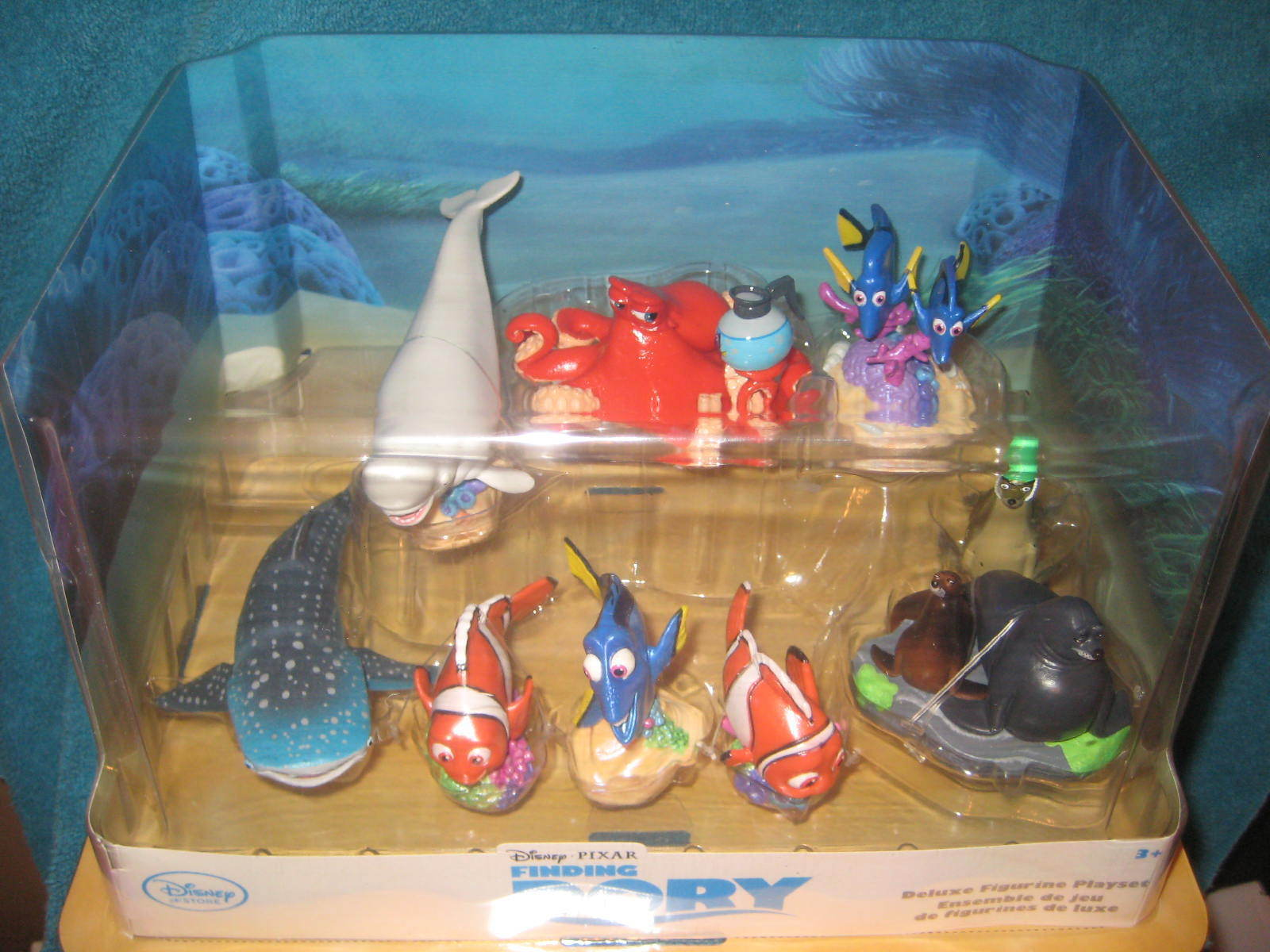 DISNEY STORE FINDING DORY DELUXE 9 PIECE PLAYSET FIGURINE CAKE TOPPER NEW