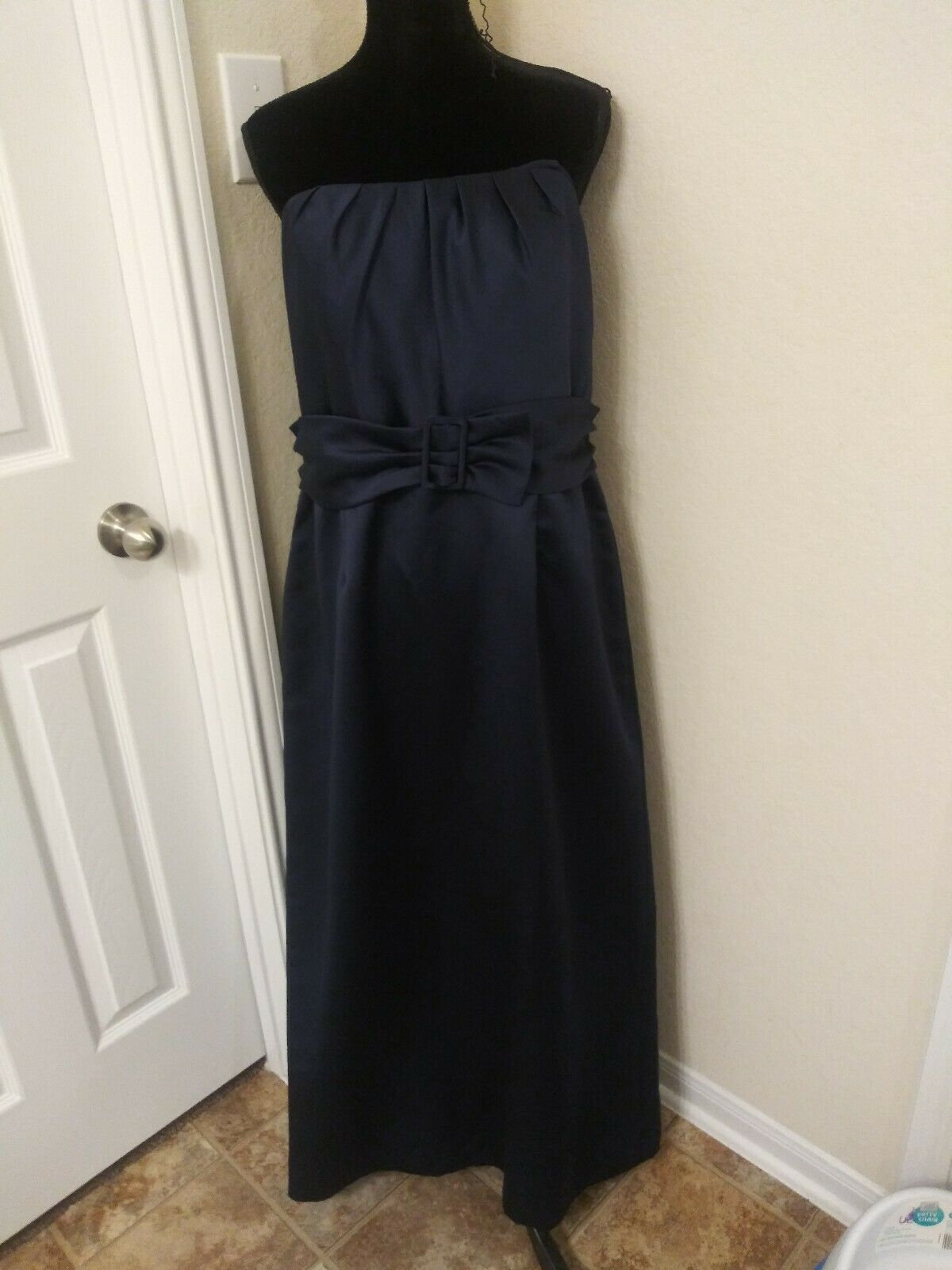 Primary image for David's Bridal size 16 strapless dress Navy Blue Long Prom bridesmaid