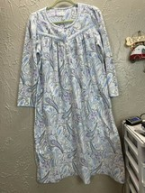 ARIA Blue Paisley Long sleeve Fleece Gown large Blue satin piping Size M... - $13.98