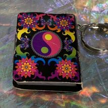 V Nice Lisa Frank Dream Writers Mini Notebook Keychain Yin Yang ☯️ 90s image 4