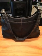 Women Liz Claiborne Black Leather Shoulder Bag - $21.99