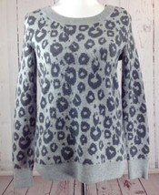 GAP Gray Leopard Print Wool Blend Crewneck Pullover Sweater Size Small - $13.95