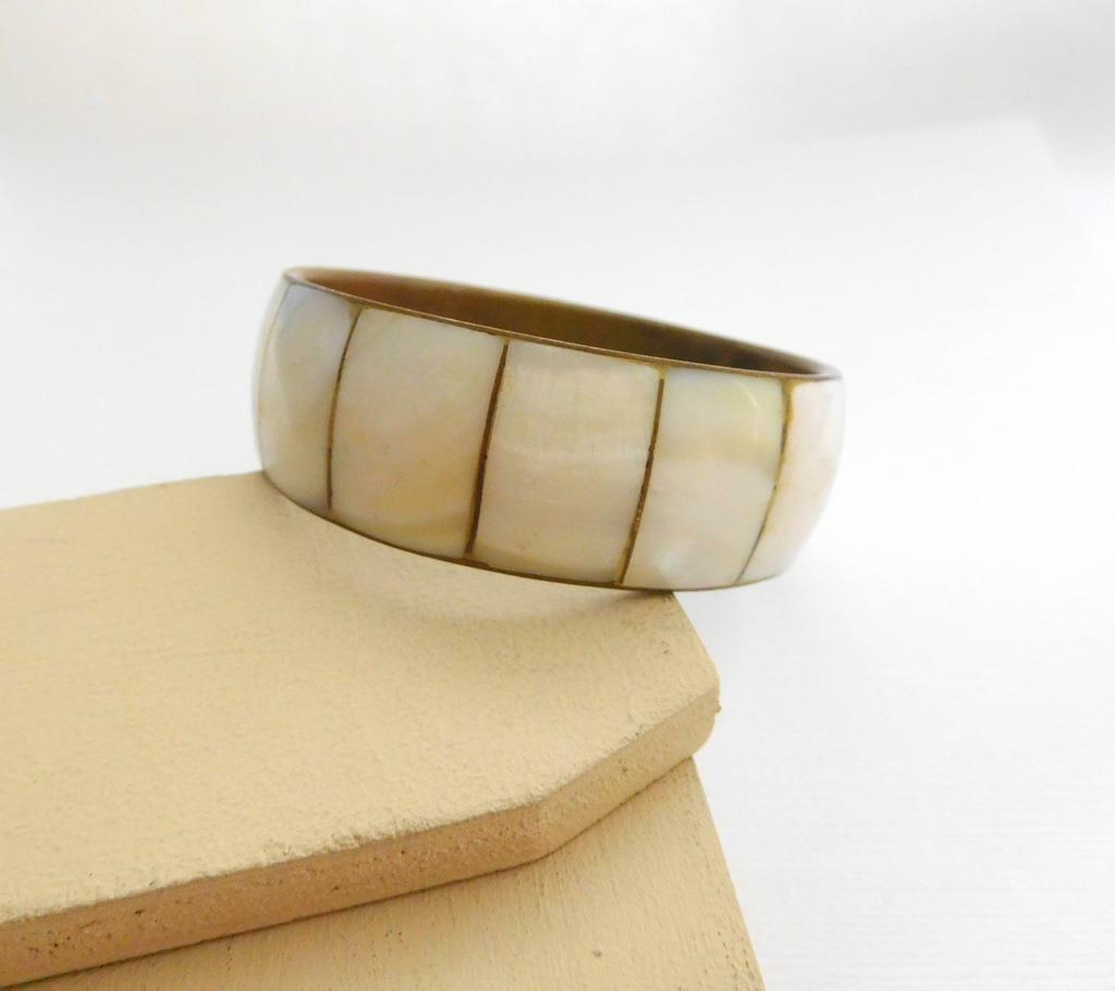Vintage Mother Of Pearl Inlay Over Brass Wide Chunky Bangle Bracelet MM3