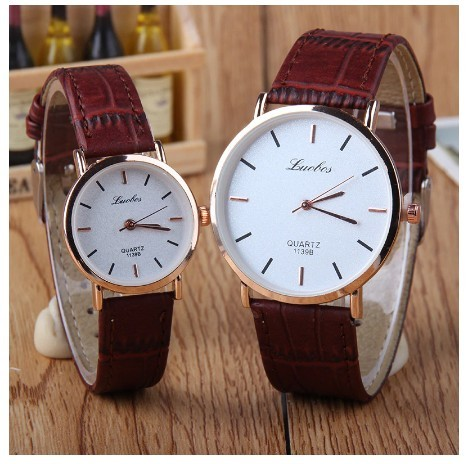 Round Bar Numeral White Couple Watches Leather Luxury Wristwatch