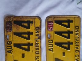 1953 54 Tags WIS Wisconsin license pair plates image 3