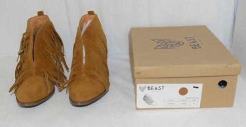 Beast Fashion Carrie 01 Camel Fringe Slip On Shoes Size Ten