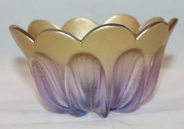 Light Purple Gold Lotus Flower Shaped Art Glass Bowl No Markings  AS-IS - $44.01