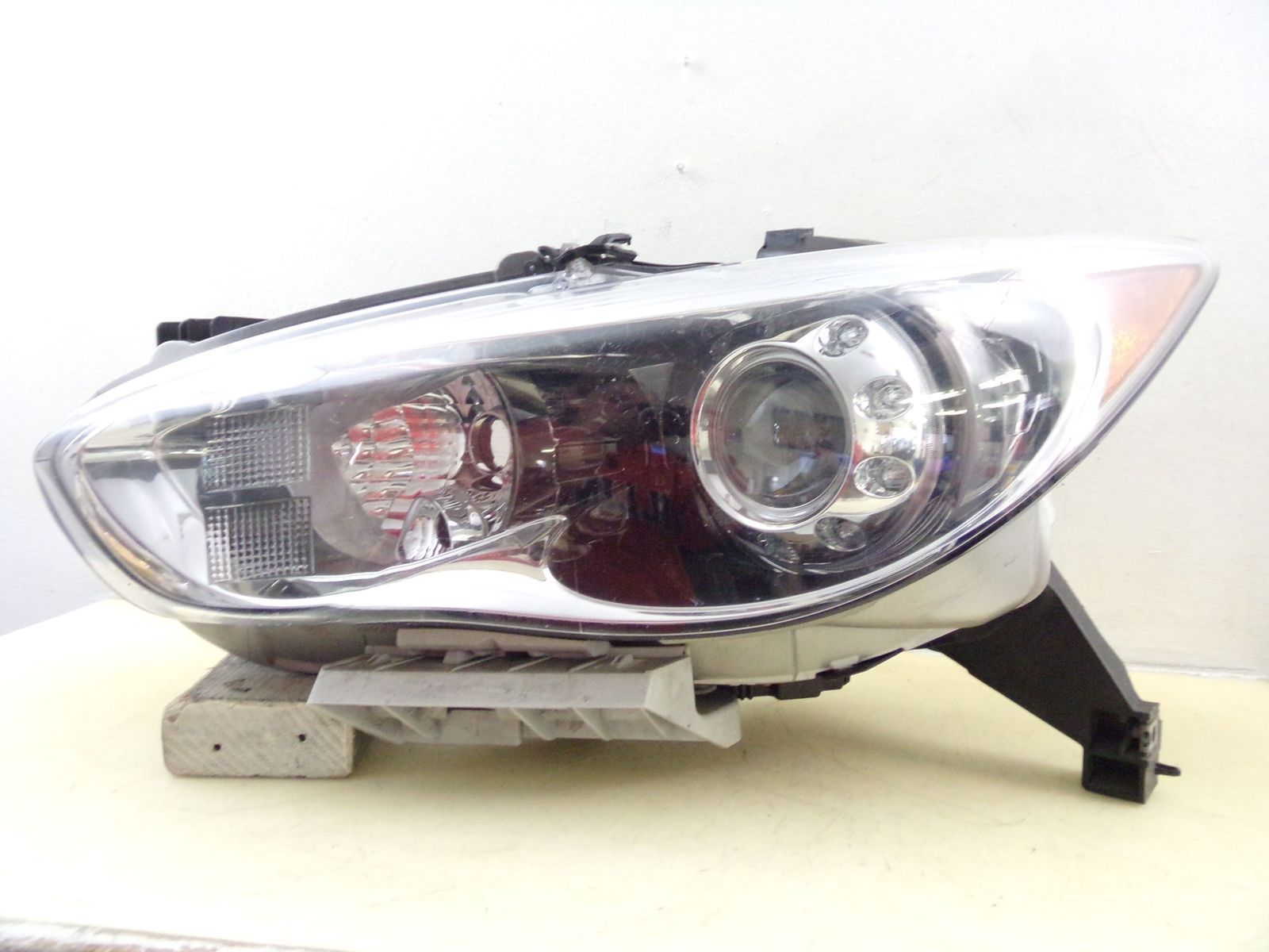 Primary image for 2013 INFINITI JX35 2014 2015 QX60 DRIVER LH XENON HID HEADLIGHT OEM 504