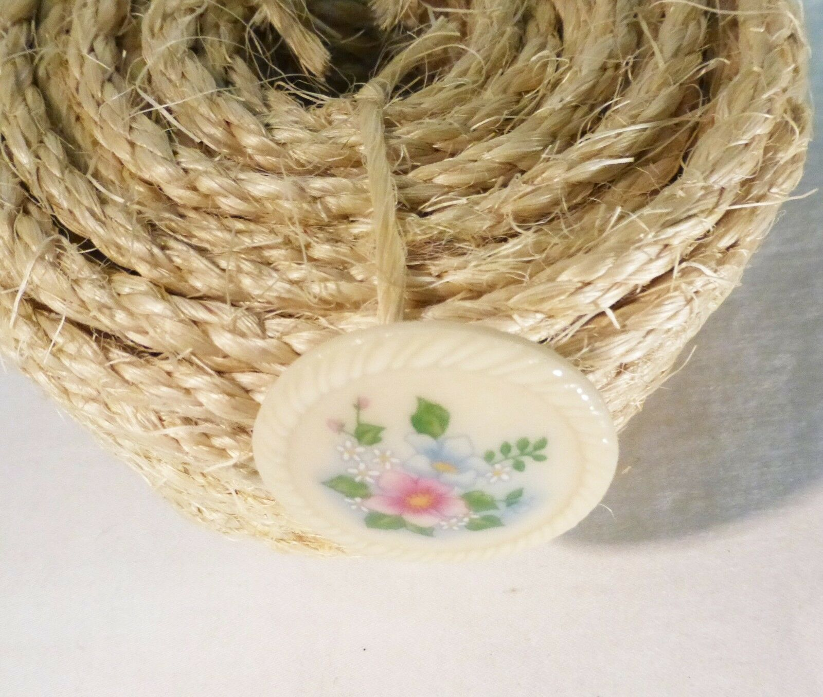Vintage Avon white round floral pin brooch porcelain hand painted