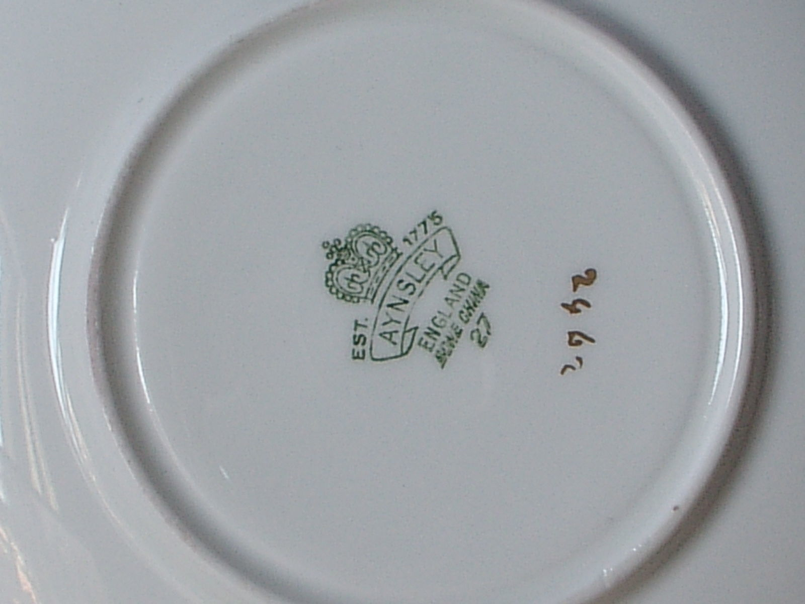 RARE Vintage 1950's Aynsley English bone china red and gold birds tea cup teacup image 8