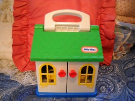 VTG LITTLE TIKES DOLL HOUSE COTTAGE, GREEN ROOF... - $9.99