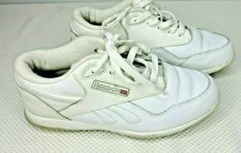 Reebok Classics White Leather Low Sneakers Size 6.5 W Women's - $41.55