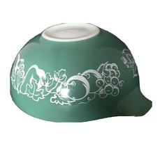 Rare Pyrex 4 Qt 444 Cinderella Fruit Salad Bowl Baby/Fetus Design 1960 Promo - $70.13