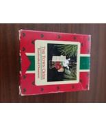HALLMARK KEEPSAKE ORNAMENT ~ THE TOWN CRIER ~ 1988 - $2.97