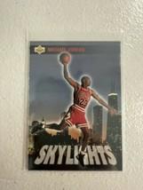 1993-94 Upper Deck Skylights Michael Jordan #466, Chicago Bulls, HOF - $5.00