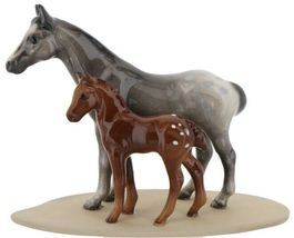 Hagen Renaker Miniature Horse Appaloosa and Colt on Base image 3
