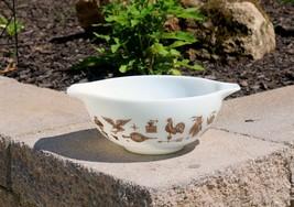 Vintage Pyrex Early American Cinderella Bowl #443 2 1/2 Qt White Brown - $24.99