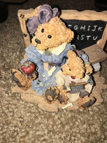 BEARS RESIN FIGURES MISS BRUIN &BAILEY —332 image 2