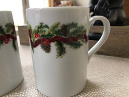 Garland Williams Sonoma set of 2 Christmas cups Made in Japan excellent ... - £7.20 GBP